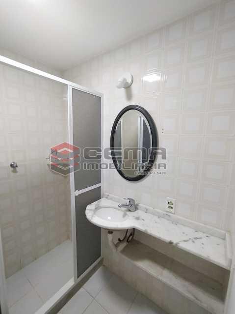 Banheiro social - Apartamento 2 quartos para alugar Jardim Botânico, Zona Sul RJ - R$ 2.400 - LAAP24313 - 12