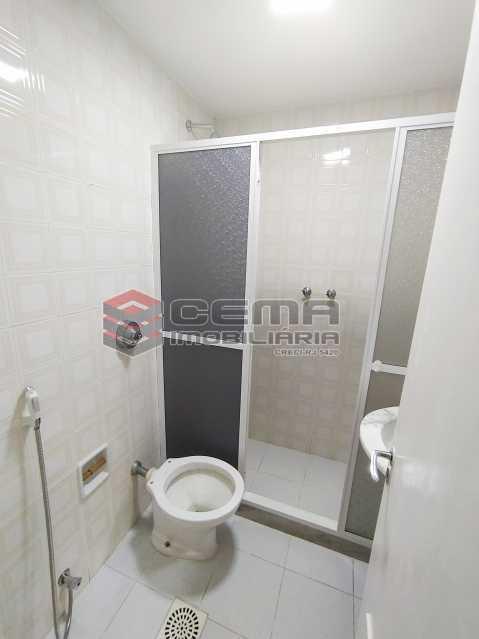 Banheiro social - Apartamento 2 quartos para alugar Jardim Botânico, Zona Sul RJ - R$ 2.400 - LAAP24313 - 13