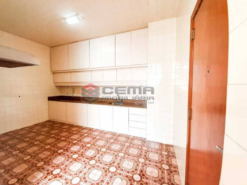 WhatsApp Image 2020-02-27 at 1 - Apartamento para alugar de 3 quartos com 2 vagas na garagem em Vila Isabel., 140m² . - LAAP33735 - 20