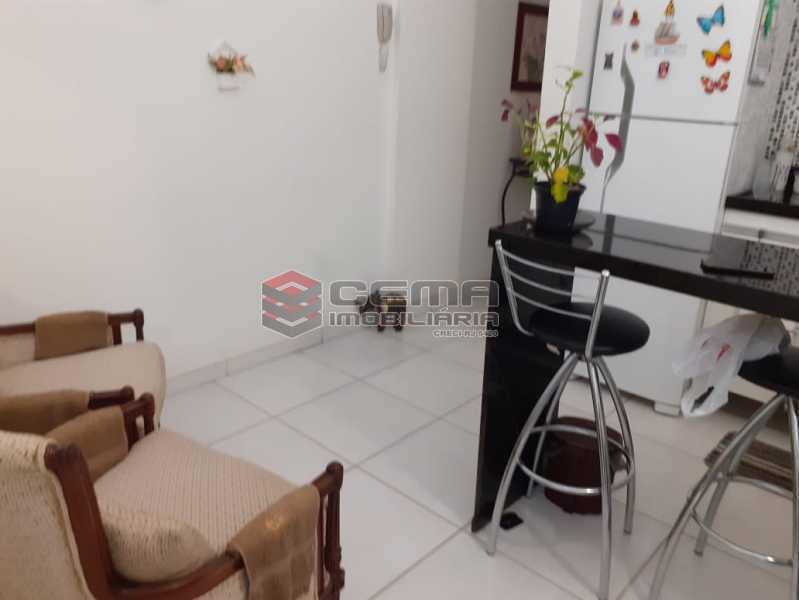 sala com cozinha americana - Kitnet/Conjugado 30m² à venda Catete, Zona Sul RJ - R$ 370.000 - LAKI10300 - 7