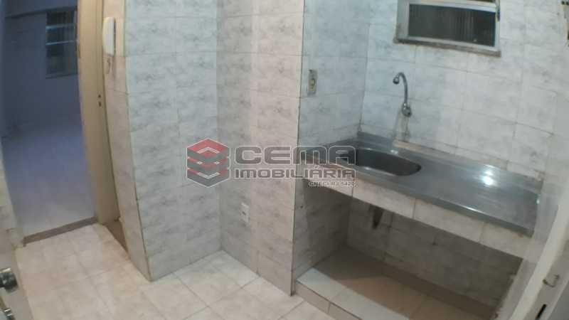 20200520_142744 - Kitnet/Conjugado 30m² para alugar Copacabana, Zona Sul RJ - R$ 900 - LAKI01298 - 3
