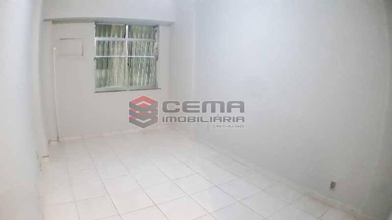 20200520_142841 - Kitnet/Conjugado 30m² para alugar Copacabana, Zona Sul RJ - R$ 900 - LAKI01298 - 1