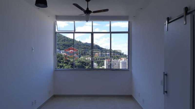 1 - Kitnet/Conjugado 24m² à venda Laranjeiras, Zona Sul RJ - R$ 305.000 - LAKI01301 - 3