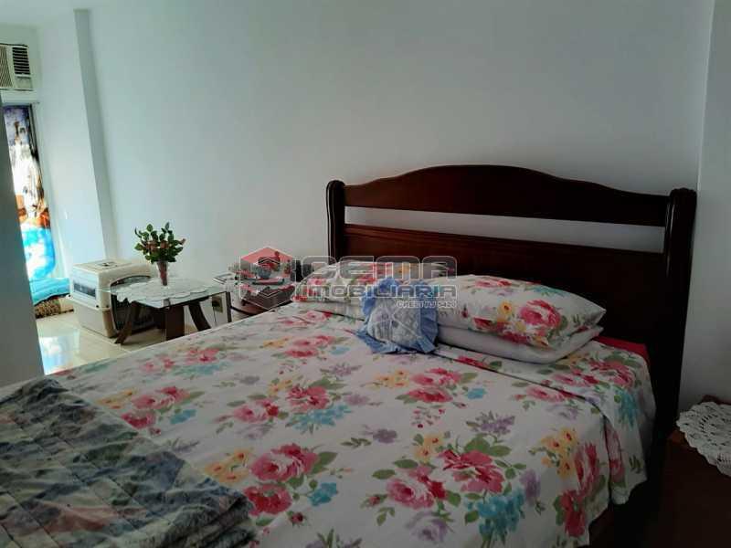 Suíte - 2 quartos(1suíte) com vaga em Laranjeiras - LAAP24541 - 10