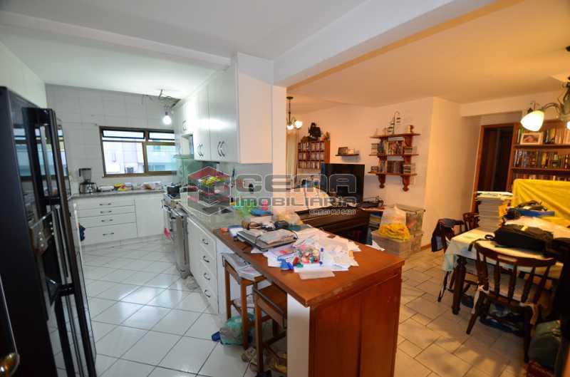 Sala e Cozinha 1 - Cobertura à venda Rua Visconde de Silva,Botafogo, Zona Sul RJ - R$ 2.790.000 - LACO30274 - 17