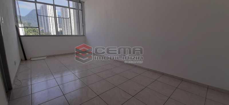 Sala - Kitnet/Conjugado 26m² para alugar Laranjeiras, Zona Sul RJ - R$ 800 - LAKI01334 - 3