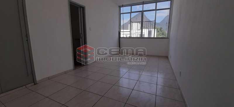 Sala - Kitnet/Conjugado 26m² para alugar Laranjeiras, Zona Sul RJ - R$ 800 - LAKI01334 - 7