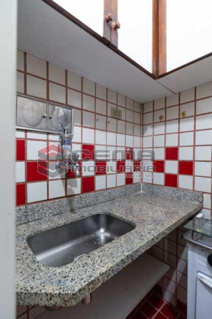 -17 - Kitnet/Conjugado 18m² à venda Catete, Zona Sul RJ - R$ 220.000 - LAKI10385 - 18