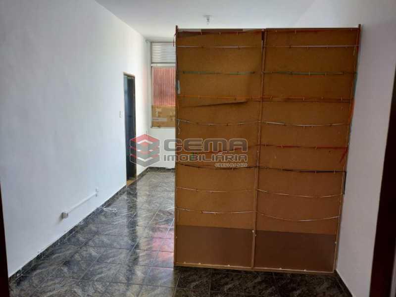 2 - Kitnet/Conjugado 27m² à venda Rua das Laranjeiras,Laranjeiras, Zona Sul RJ - R$ 235.000 - LAKI10317 - 3