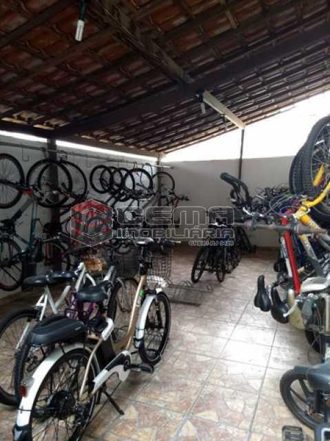 12 - Kitnet/Conjugado 27m² à venda Rua das Laranjeiras,Laranjeiras, Zona Sul RJ - R$ 235.000 - LAKI10317 - 13