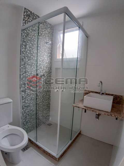 banheiro social  - dois quartos com vaga catete - LAAP24693 - 13