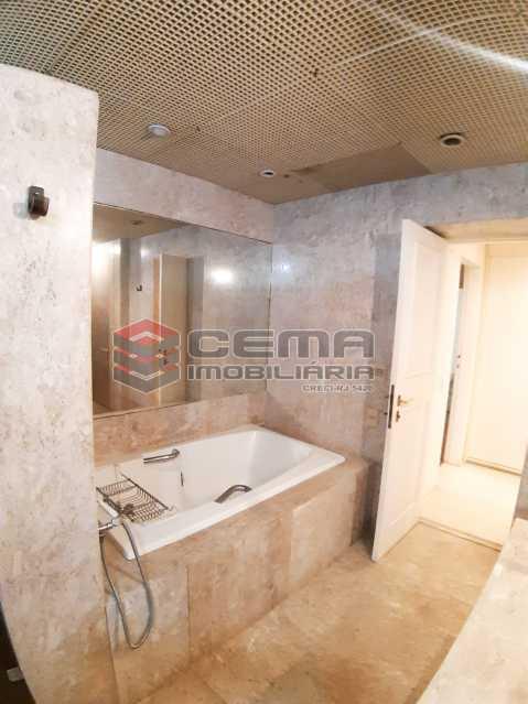 banheiro segunda suíte  - Apartamento 4 quartos no Parque Guinle-Laranjeiras-RJ - LAAP40883 - 12