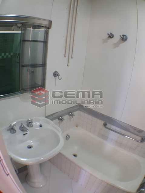 banheiro social. - Apartamento 2 quartos no Flamengo - Aluguel - LAAP24737 - 8