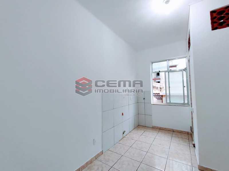 21-26 - Kitnet/Conjugado 15m² à venda Rua Dois de Dezembro,Flamengo, Zona Sul RJ - R$ 240.000 - LAKI10331 - 6