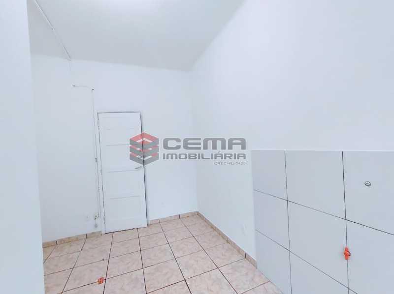 22-26 - Kitnet/Conjugado 15m² à venda Rua Dois de Dezembro,Flamengo, Zona Sul RJ - R$ 240.000 - LAKI10331 - 4