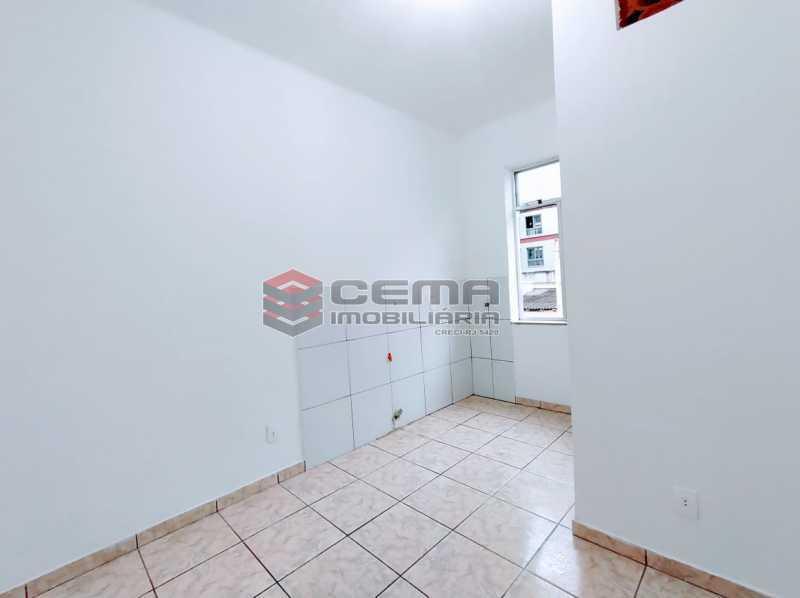 27-26 - Kitnet/Conjugado 15m² à venda Rua Dois de Dezembro,Flamengo, Zona Sul RJ - R$ 240.000 - LAKI10331 - 8
