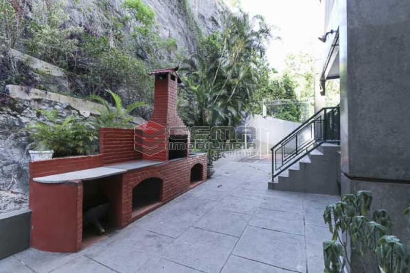 churrasqueira  - Apto Laranjeiras para venda com 2 quartos, suíte, varanda, garagem e infraestrututa - LAAP24794 - 18