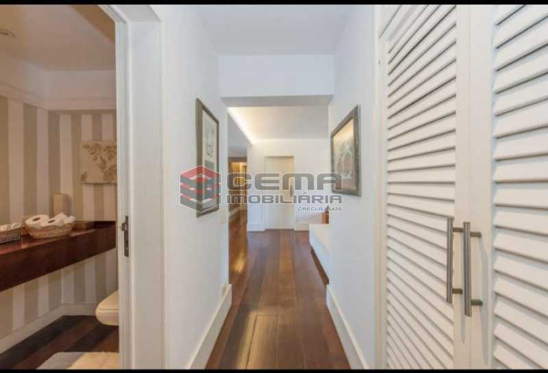 20201028_180517 - Apartamento para alugar com com 3 quartos e 3 VAGAS na garagem, Zona Sul, Rio de Janeiro, RJ. 210m2 - LAAP34084 - 16