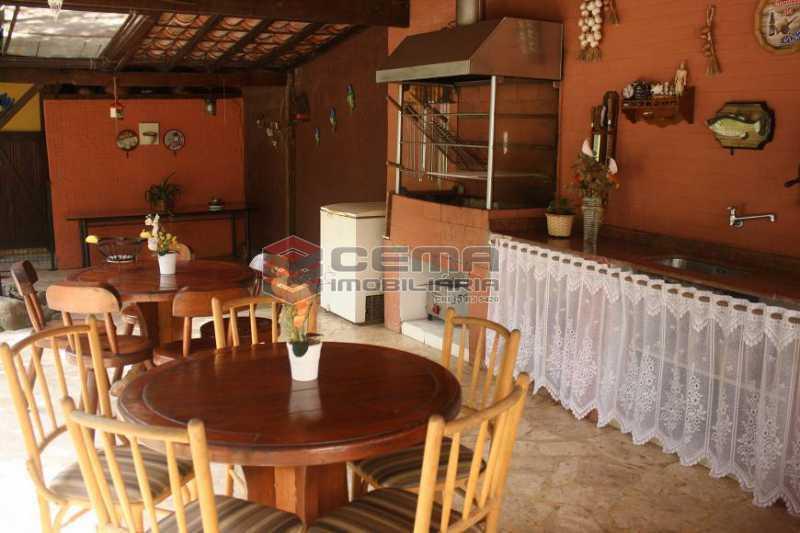 f737408706f251bc7270cdf8553983 - Casa à venda Rua Conselheiro Lampreia,Cosme Velho, Zona Sul RJ - R$ 2.100.000 - LACA40117 - 13