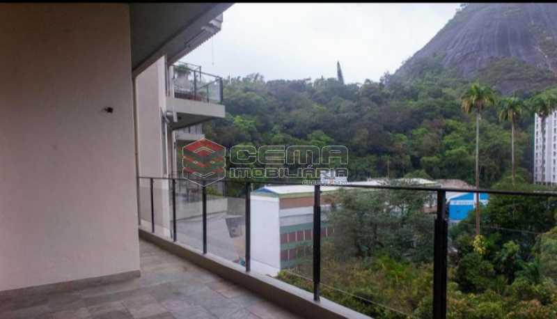 20201119_185502 - Apartamento para alugar com 1 quarto e 1 vaga na garagem em Cosme Velho, Zona Sul Rio de Janeiro RJ. 77m2 - LAAP12722 - 1