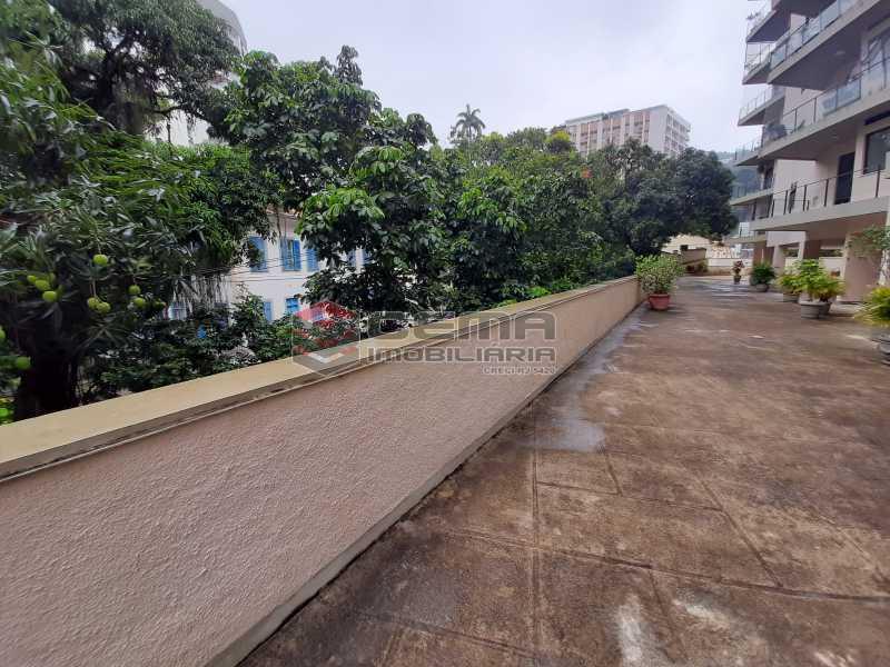 20201118_161427 - Apartamento para alugar com 1 quarto e 1 vaga na garagem em Cosme Velho, Zona Sul Rio de Janeiro RJ. 77m2 - LAAP12722 - 14
