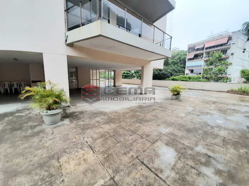 20201119_185635 - Apartamento para vender com 1 quarto e 1 vaga na garagem em Cosme Velho, Zona Sul Rio de Janeiro RJ. 77m2 - LAAP12724 - 14