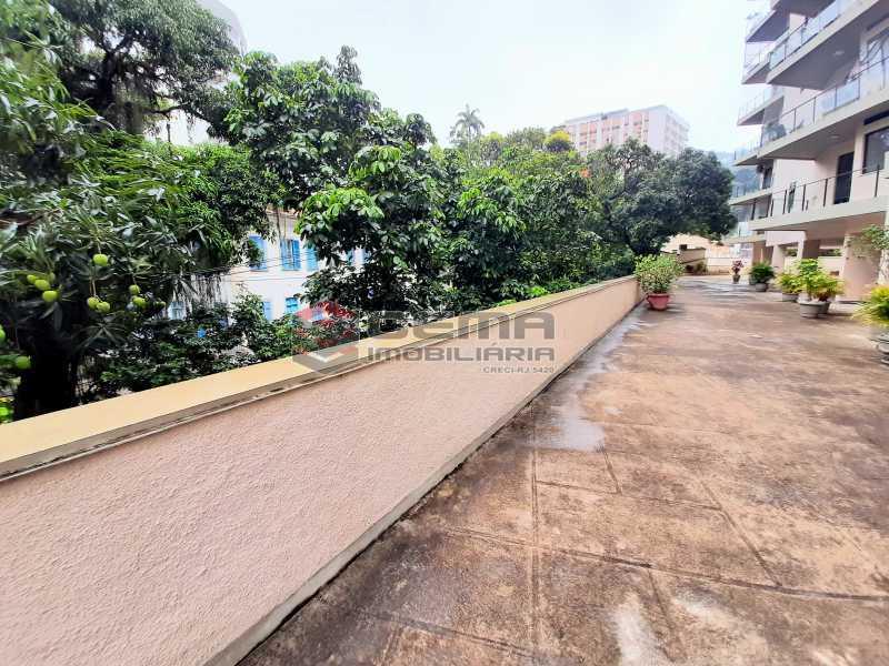 20201119_185613 - Apartamento para vender com 1 quarto e 1 vaga na garagem em Cosme Velho, Zona Sul Rio de Janeiro RJ. 77m2 - LAAP12724 - 15