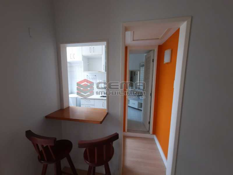 b0668c28-ebac-4383-8665-48a505 - Apartamento à venda Rua das Laranjeiras,Laranjeiras, Zona Sul RJ - R$ 275.000 - LAAP12736 - 7