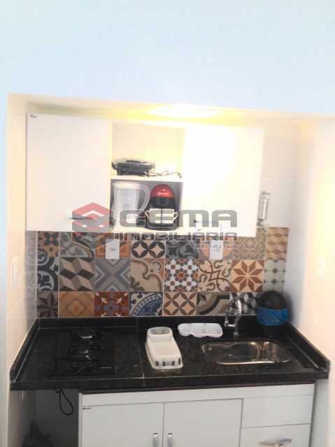 1 - Kitnet/Conjugado 24m² à venda Rua das Laranjeiras,Laranjeiras, Zona Sul RJ - R$ 255.000 - LAKI10380 - 1