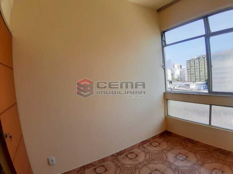 segundo quarto/escritório - Apartamento no Catete. Aceita depósito caução. - LAAP25019 - 11