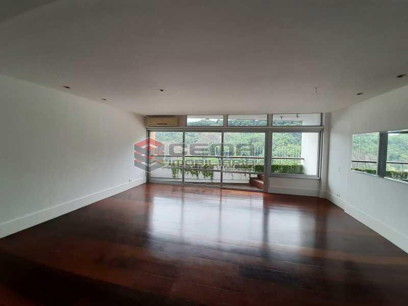 20210214_110432 - Apartamento para alugar com com 3 quartos e 3 VAGAS na garagem, Leblon, Zona Sul, Rio de Janeiro, RJ. 210m2 - LAAP34326 - 4