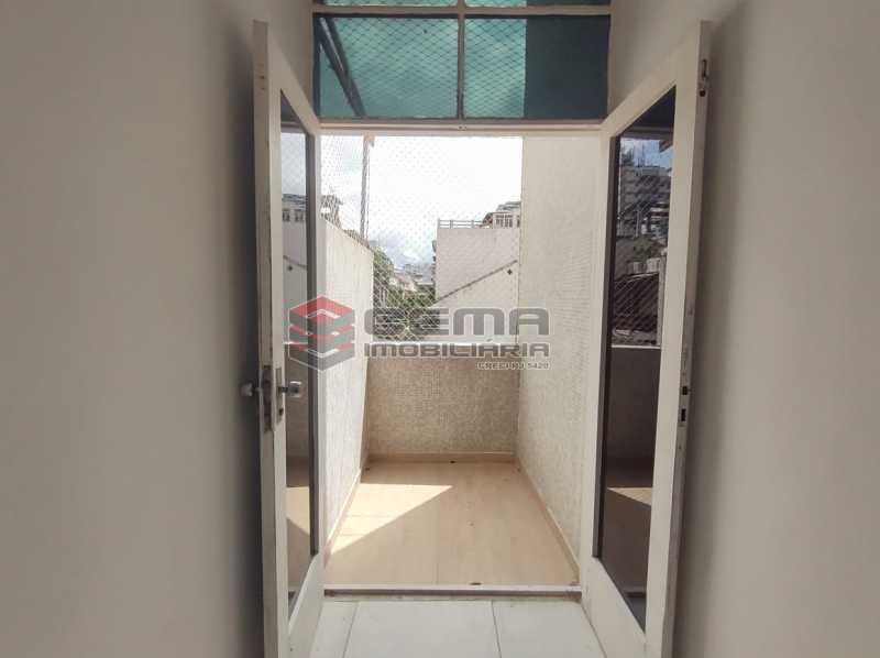 varanda - Excelente Apartamento Quarto e sala com vaga em Botafogo - LAAP12842 - 3