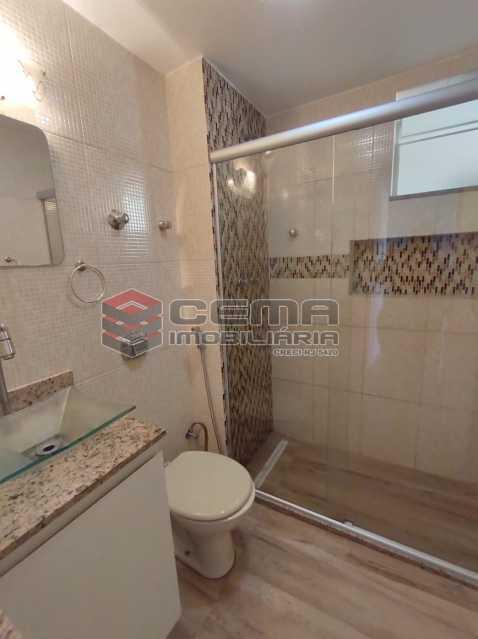 banheiro social - Excelente Apartamento 2 quartos com vaga próximo a Santa Ursula em Botafogo - LAAP25109 - 16