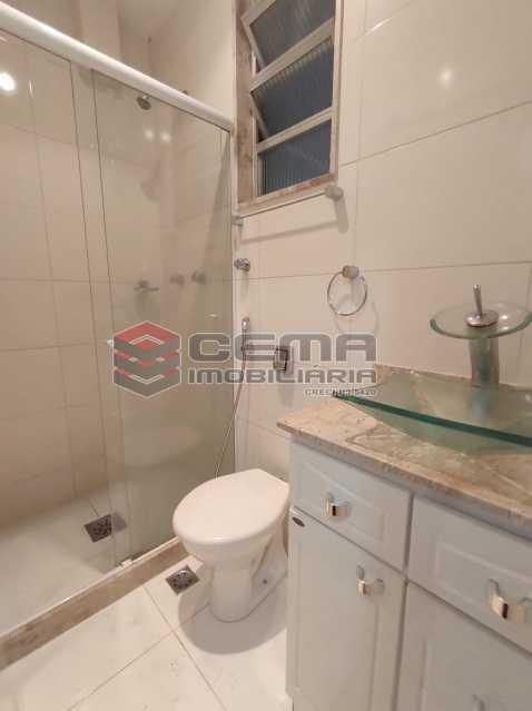banheiro social - Apartamento 2 quartos para venda e aluguel Copacabana, Zona Sul RJ - R$ 2.400 - LAAP25118 - 16