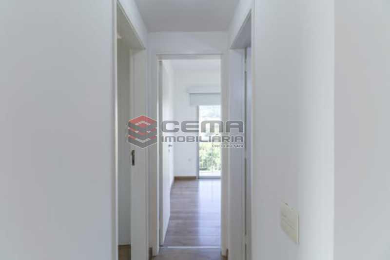 Corredor. - Dois quartos com vaga Laranjeiras!!! - LAAP25146 - 31