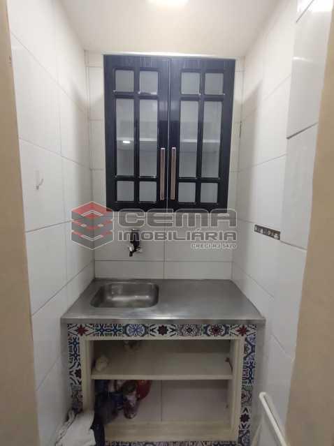 cozinha - Lindo conjugado reformadíssimo em Copacabana - LAKI01387 - 13