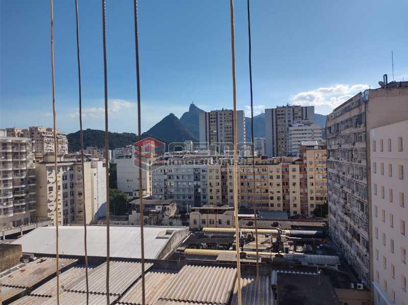 vista - Excelente Conjugado na Rua do Catete - Flamengo - LAKI01389 - 3