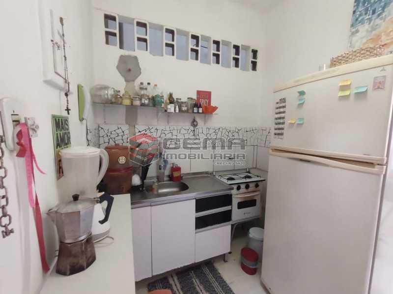 cozinha - Excelente Conjugado na Rua do Catete - Flamengo - LAKI01389 - 11