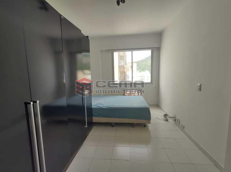 suite - BOTAFOGO. Quarto e Sala com Vaga de Garagem e INFRA-ESTRUTURA - LAFL10077 - 10