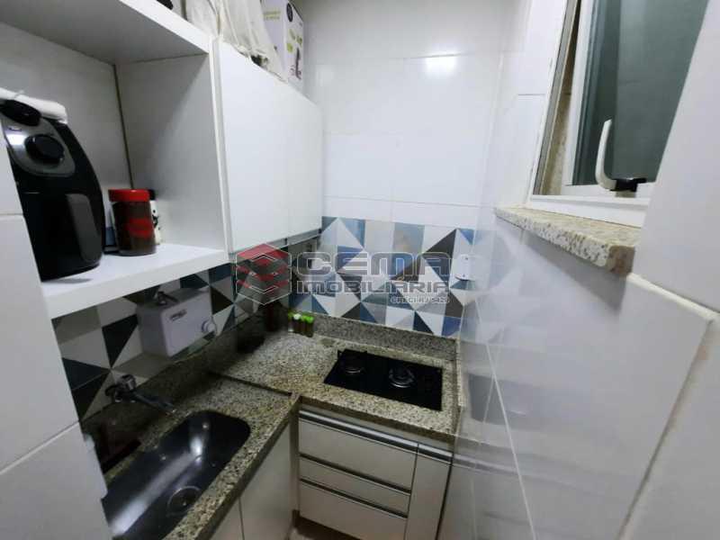 cozinha ang3. - Quarto suíte, sala, cozinha todo reformado em Copacabana - LAAP12885 - 15