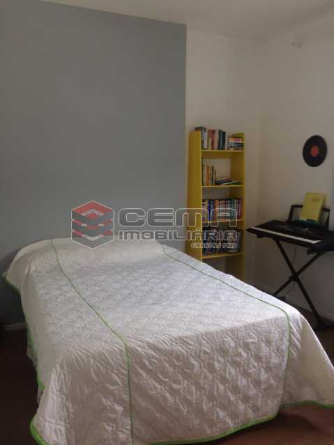 quarto 2  - Excelente Apartamento 2 quartos com suite e vaga no Largo dos Leões - Humaita. - LAAP25198 - 17