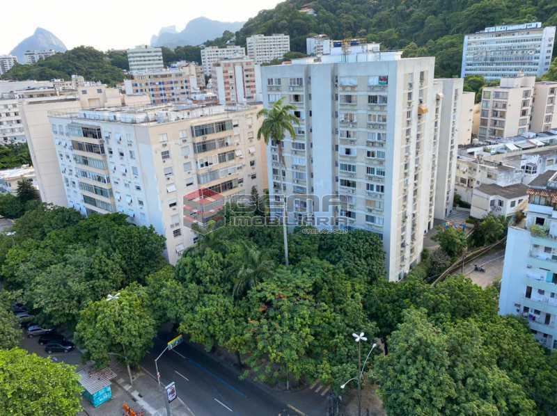 vista - Excelente Apartamento 2 quartos com suite e vaga no Largo dos Leões - Humaita. - LAAP25198 - 3