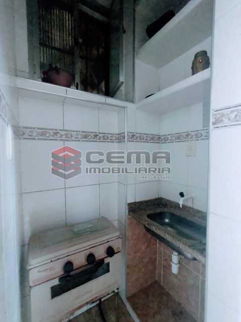 12 - Kitnet/Conjugado 23m² à venda Saúde, Zona Centro RJ - R$ 150.000 - LAKI10410 - 13