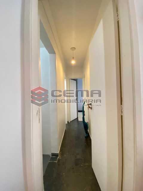 corredor - Excelente Apartamento 2 quartos em Rua Bucólica de Laranjeiras ! - LAAP25213 - 6
