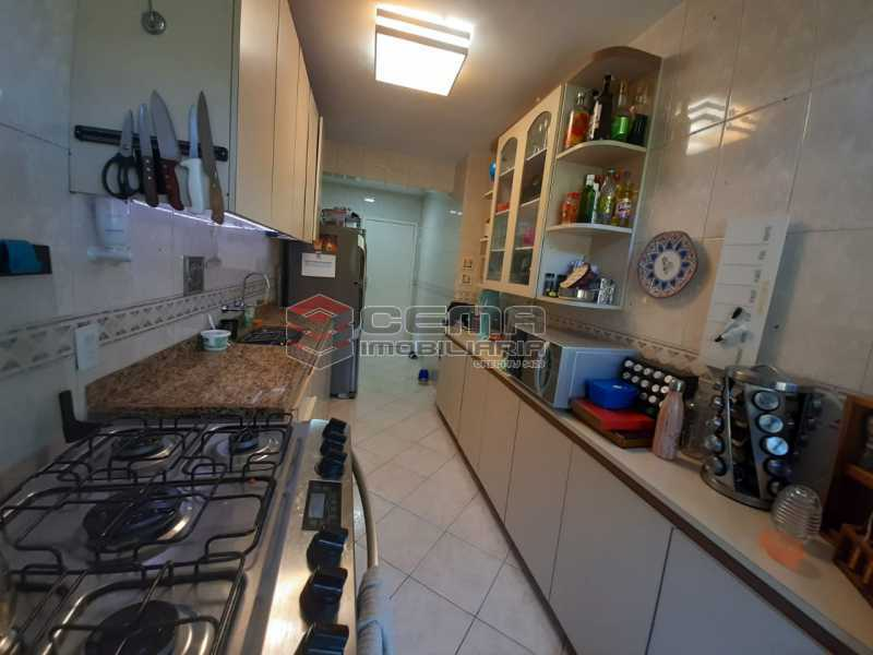 WhatsApp Image 2021-04-11 at 2 - Apartamento para alugar com 3 quartos e 1 vaga na garagem em Laranjeiras, Zona Sul, Rio de Janeiro, RJ. 115m² - LAAP34447 - 18