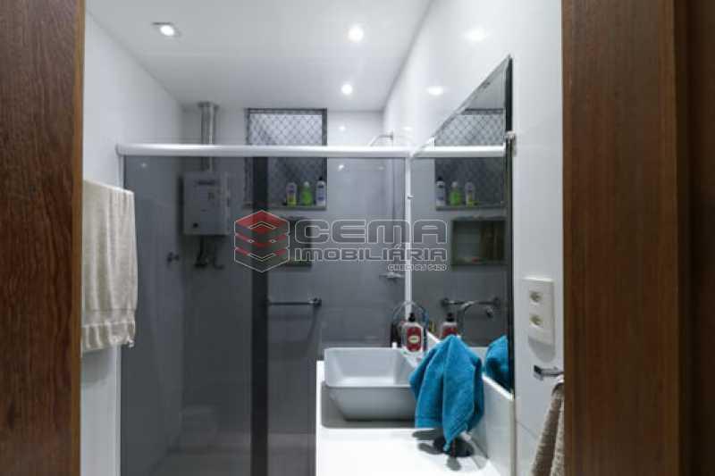 banheiro social - Excelente Cobertura com 2 quartos no Flamengo - LACO20134 - 16