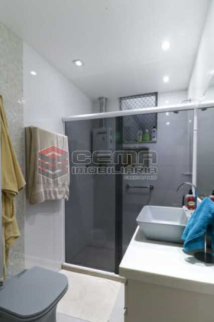 banheiro social - Excelente Cobertura com 2 quartos no Flamengo - LACO20134 - 17