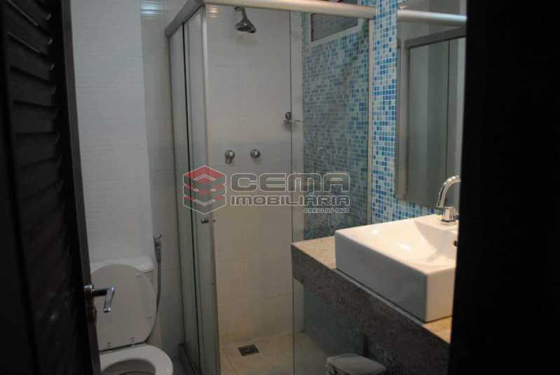 banheiro social 2 - Excelente Apartamento 3 quartos MOBILIADO com vaga em Copacabana - LAAP34459 - 11