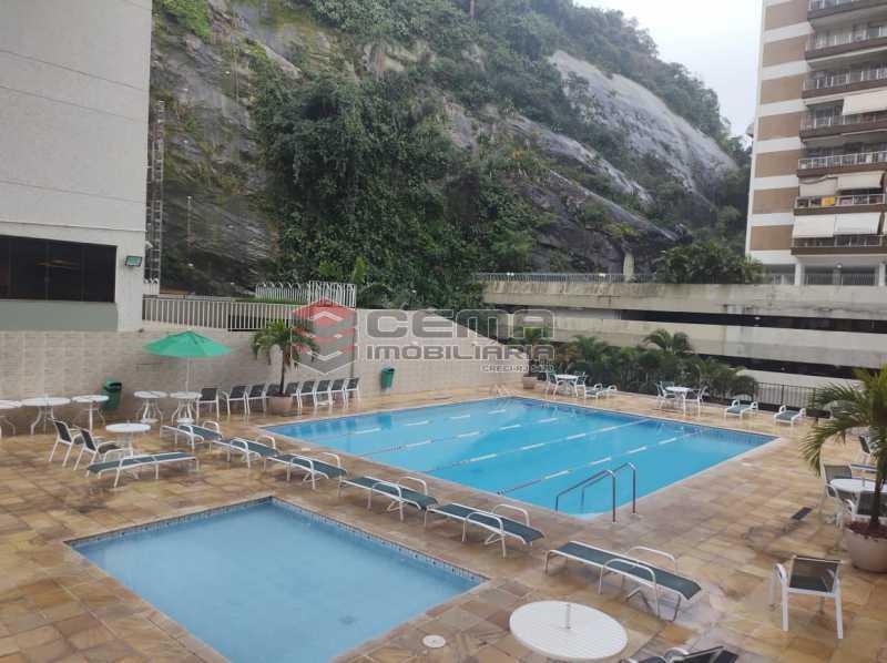 piscina - Excepcional Apartamento 2 quartos com suíte e vaga em Laranjeiras - LAAP25232 - 4