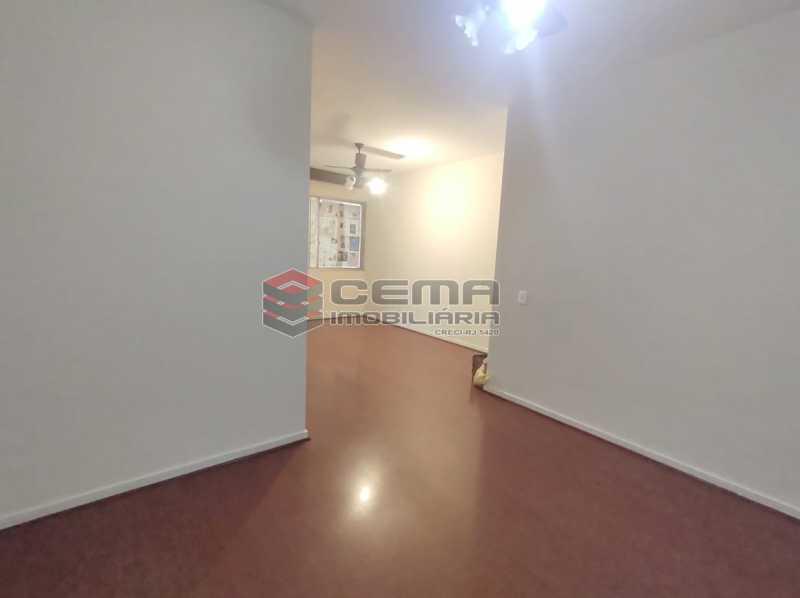 sala - Excepcional Apartamento 2 quartos com suíte e vaga em Laranjeiras - LAAP25232 - 7